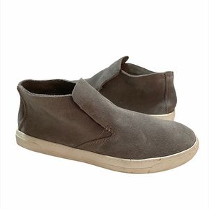DOLCE VITA   suede flat loafer shoes gray chukka 9